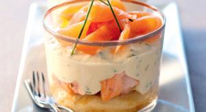 Tiramisu-aux-deux-saumons-et-à-la-ciboulette-221-1E-tiramisu-2-saumons-ciboulette